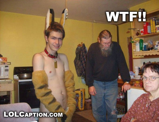 "La cadena ""WTF?"" Lolcaption-epic-fail-wtf-animal-suit-half-naked-parents-WTF"
